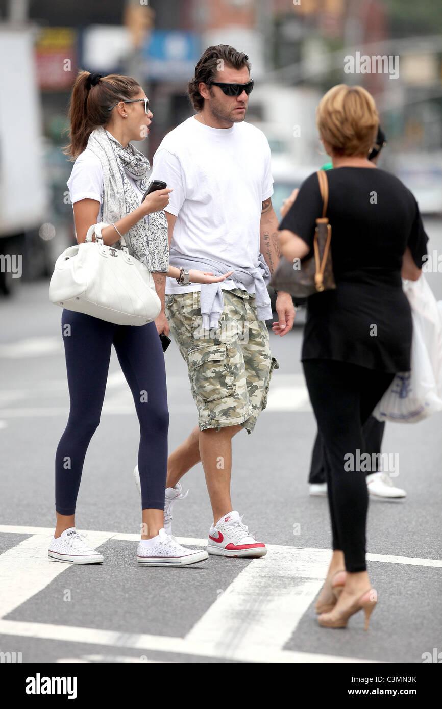 Melissa Satta and Christian Vieri Italian football player shopping