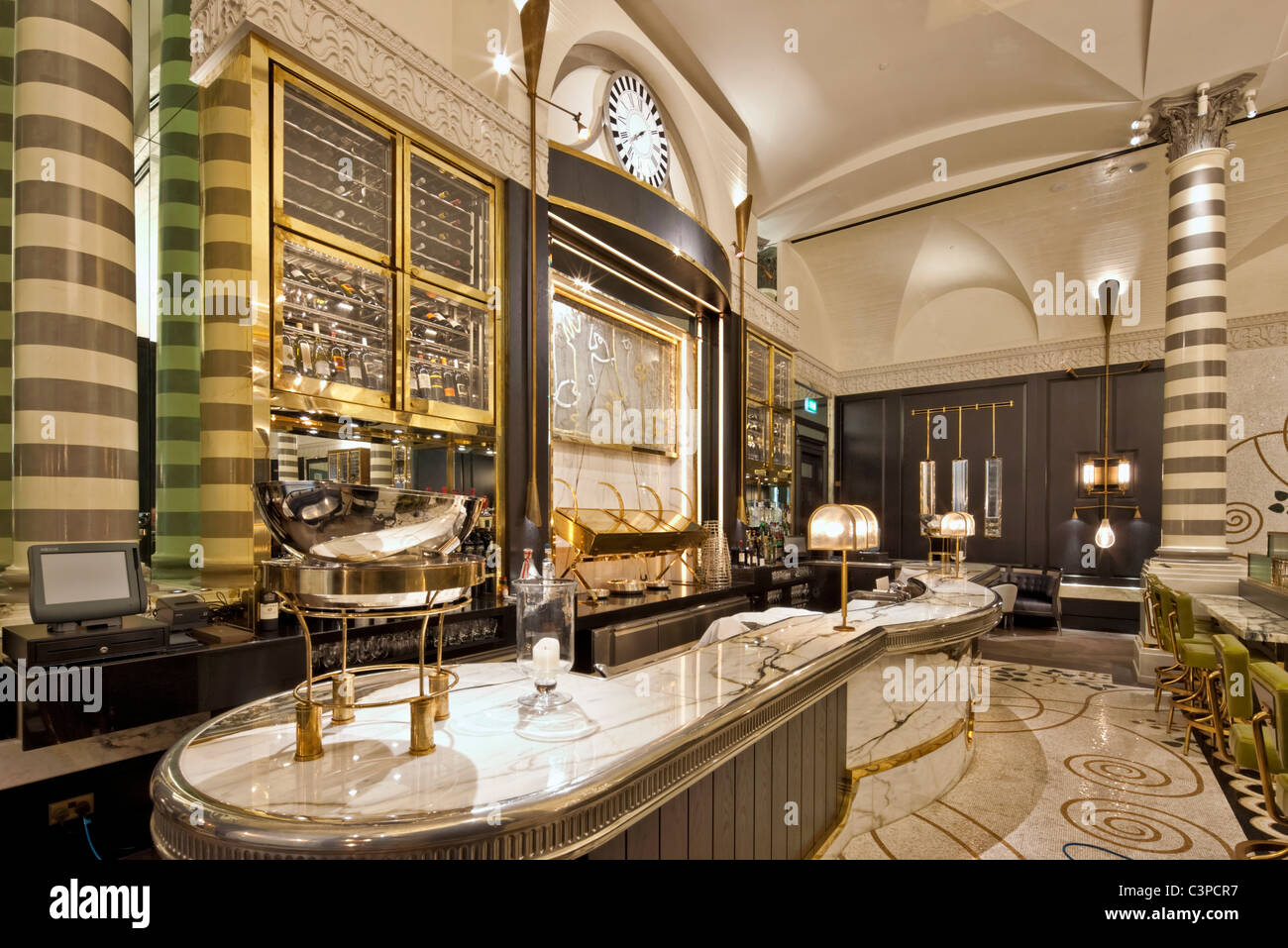 Massimo Restaurant And Oyster Bar
