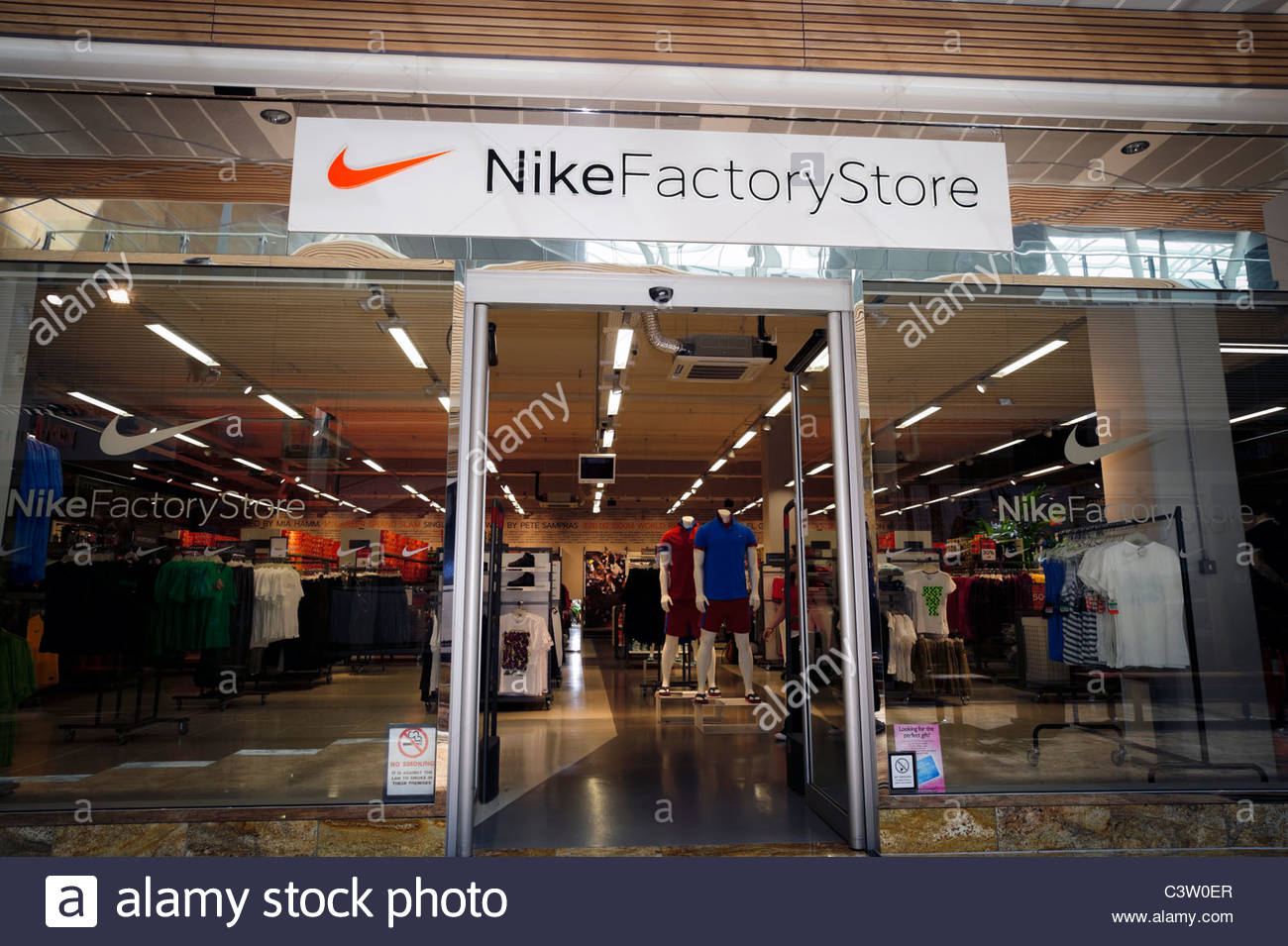 nike outlet quays