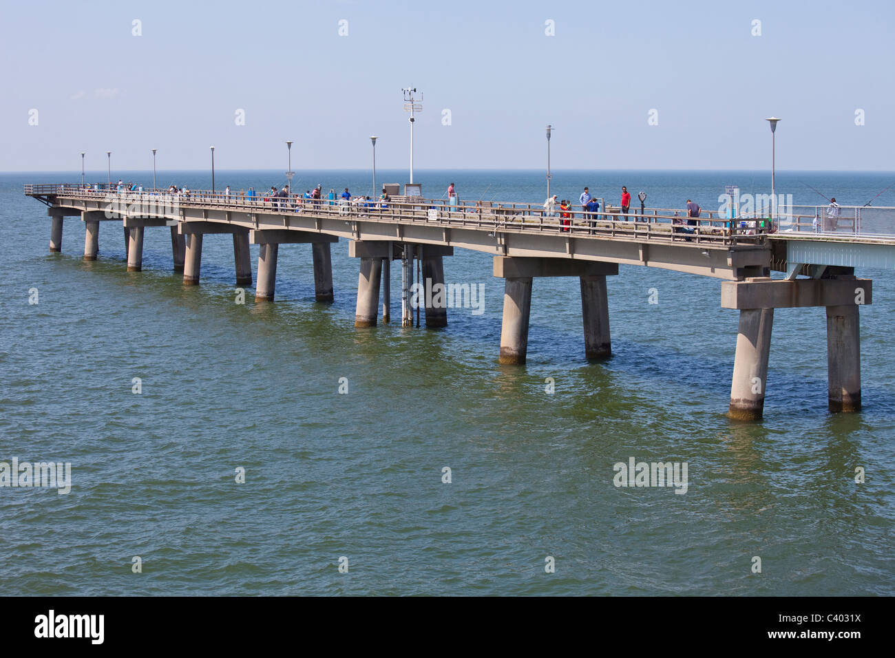 Fishing off a pier on the chesapeake bay bridge tunnel for Fishing piers in va