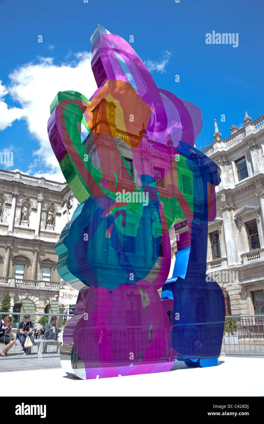 Coloring book by jeff koons - London Piccadilly Jeff Koons Coloring Book Sculpture At The Royal Academy May 2011