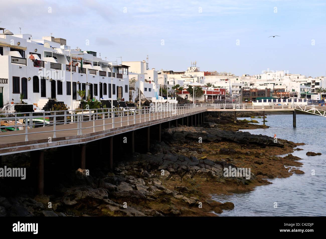 Seaside board walk old town puerto del carmen lanzarote - Lanzarote walks from puerto del carmen ...