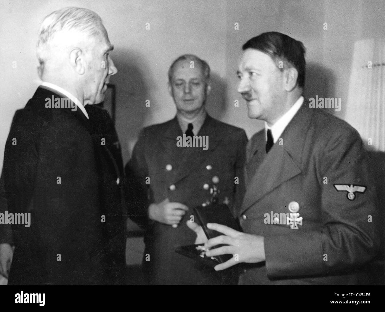 albert speer and his relationship with hitler