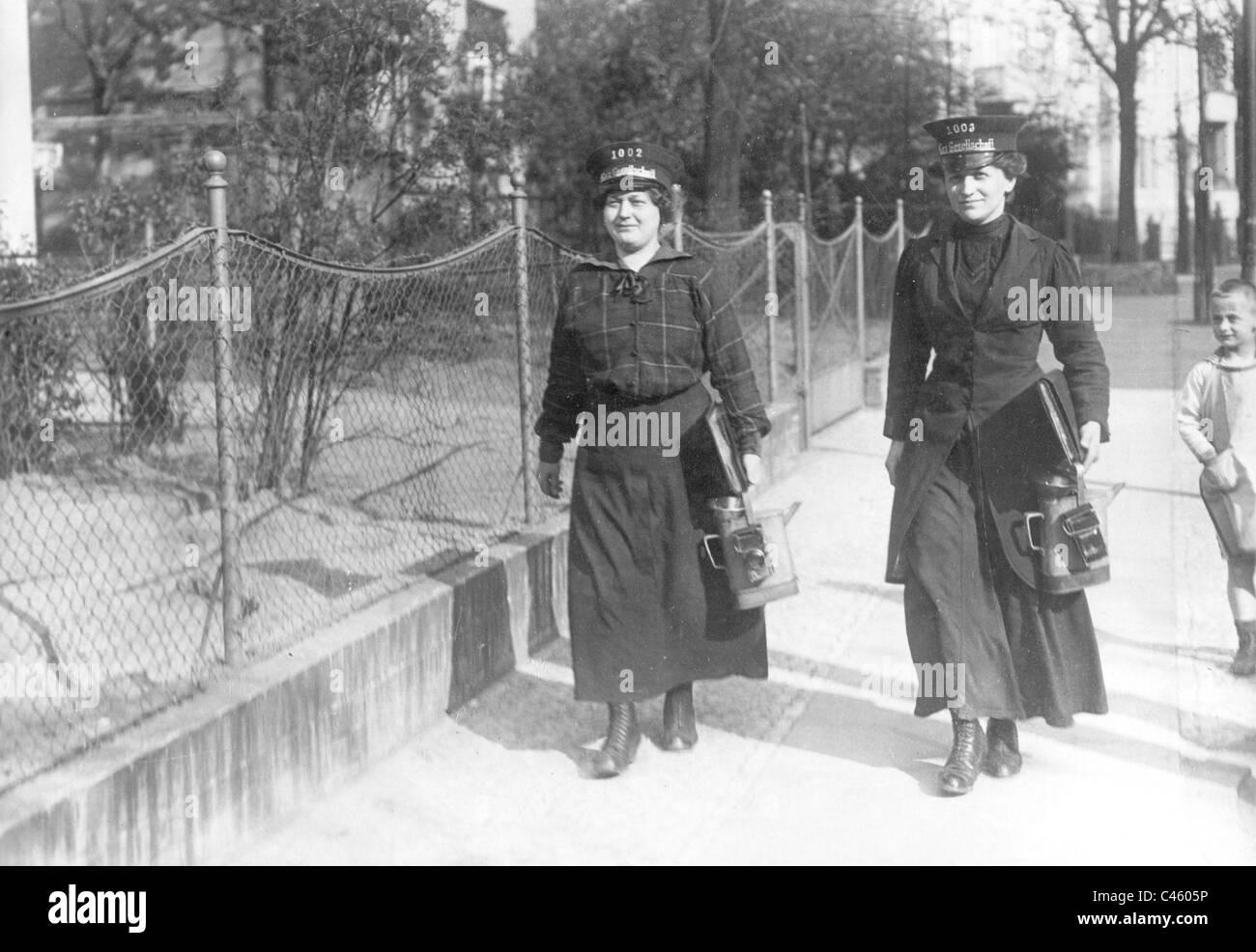 Female civil servants of a gas company in berlin steglitz 1915 stock image