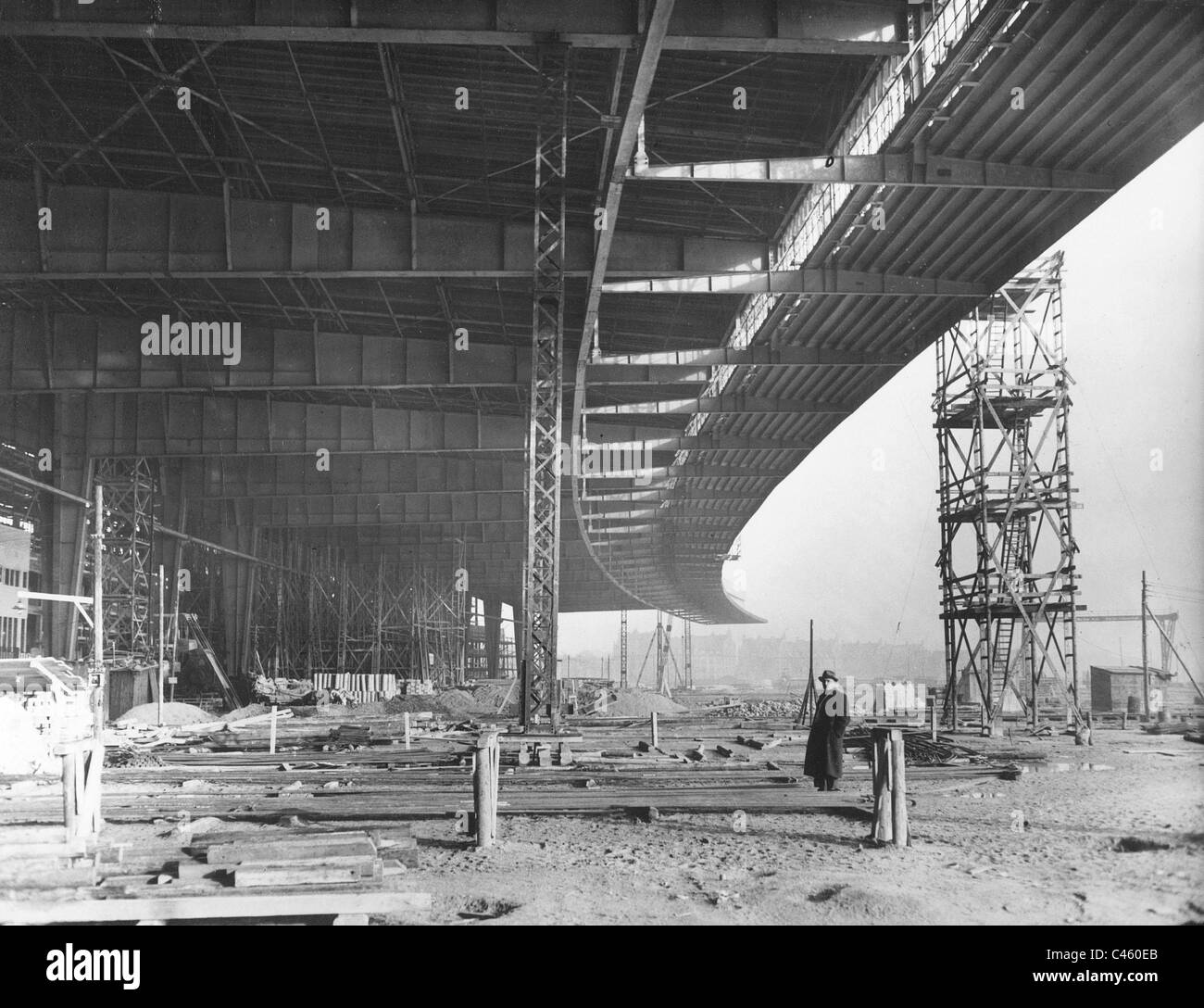 construction site of the tempelhof airport in berlin 1937 stock photo royalty free image. Black Bedroom Furniture Sets. Home Design Ideas