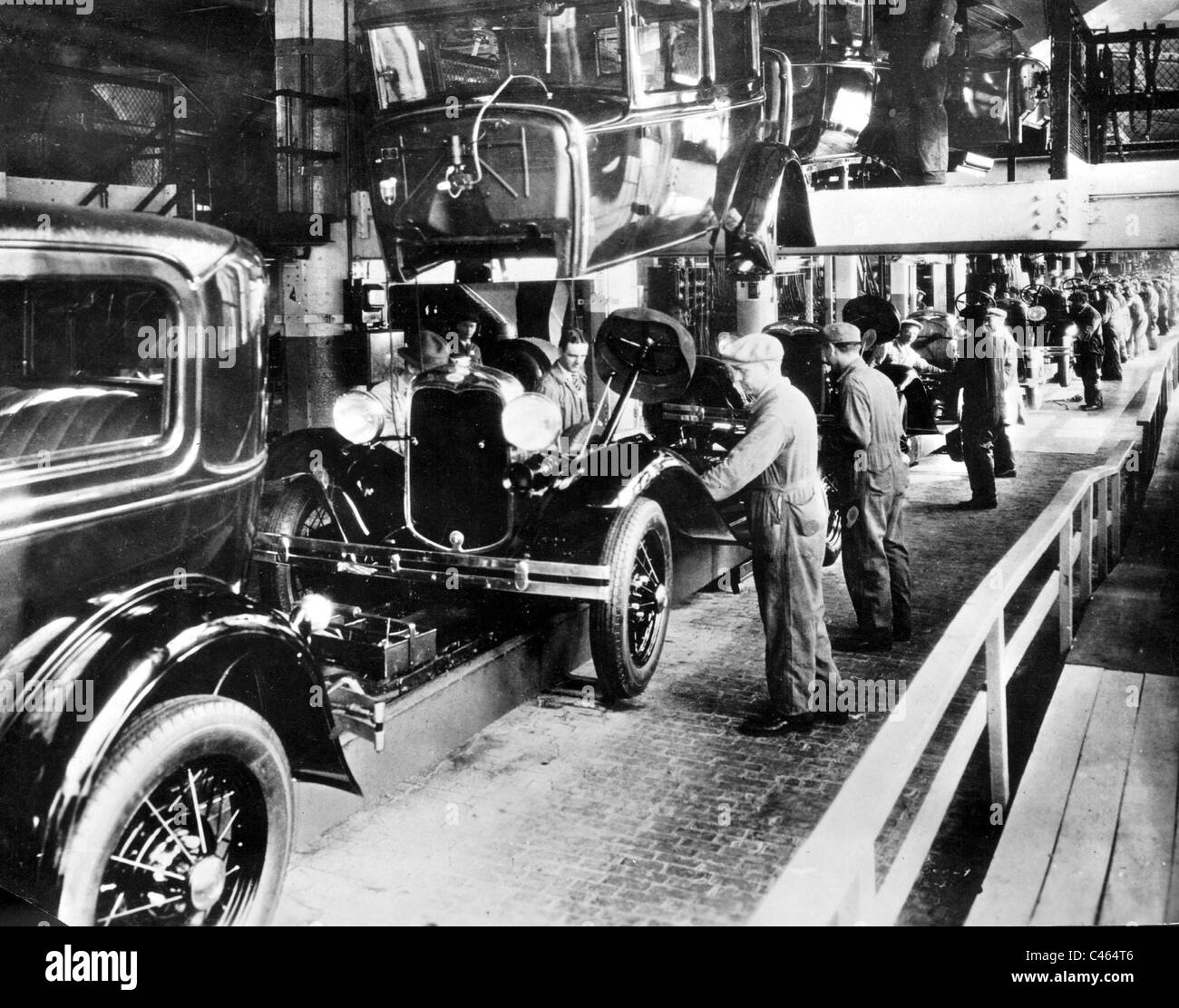 Ford car factory in Detroit 1930 & Ford car factory in Detroit 1930 Stock Photo Royalty Free Image ... markmcfarlin.com