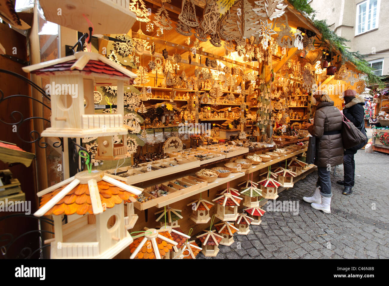 christmas market with shops in medieval old town of city Salzburg ...