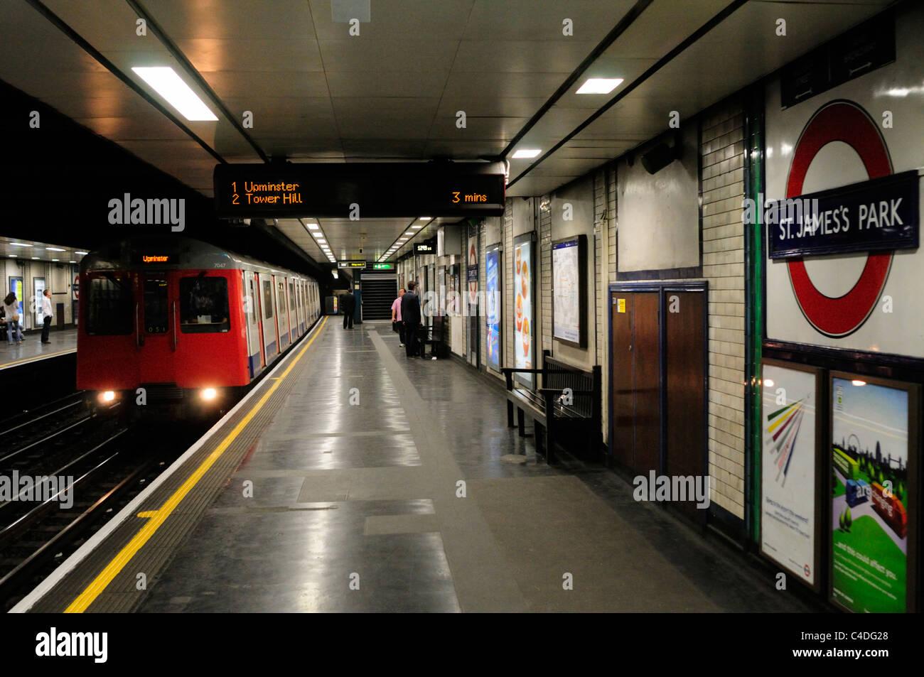 A District Line Train arriving at St James's Park ...