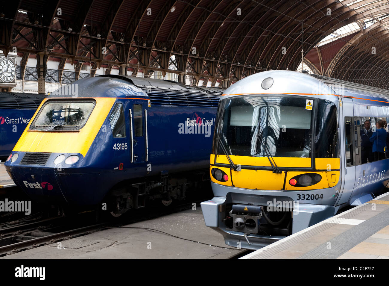 heathrow express class 332 and first great western class