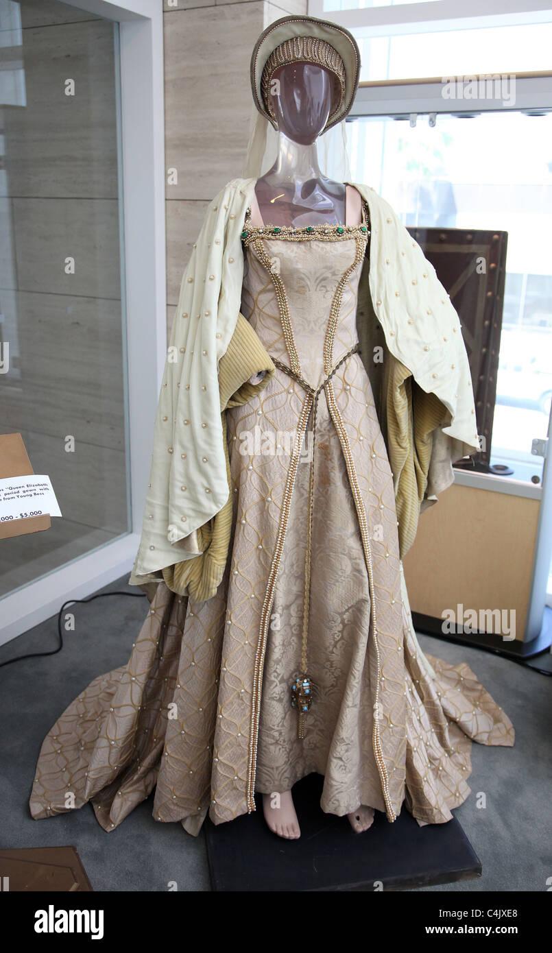 Young Queen Elizabeth 1 Dress JEAN SIMMONS QUEEN ELI...