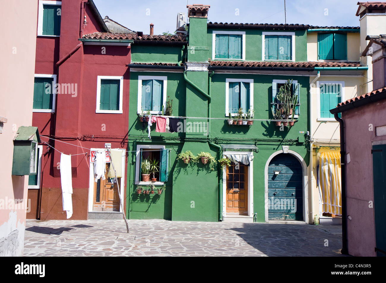 Italian houses images galleries with for Pictures of italian houses