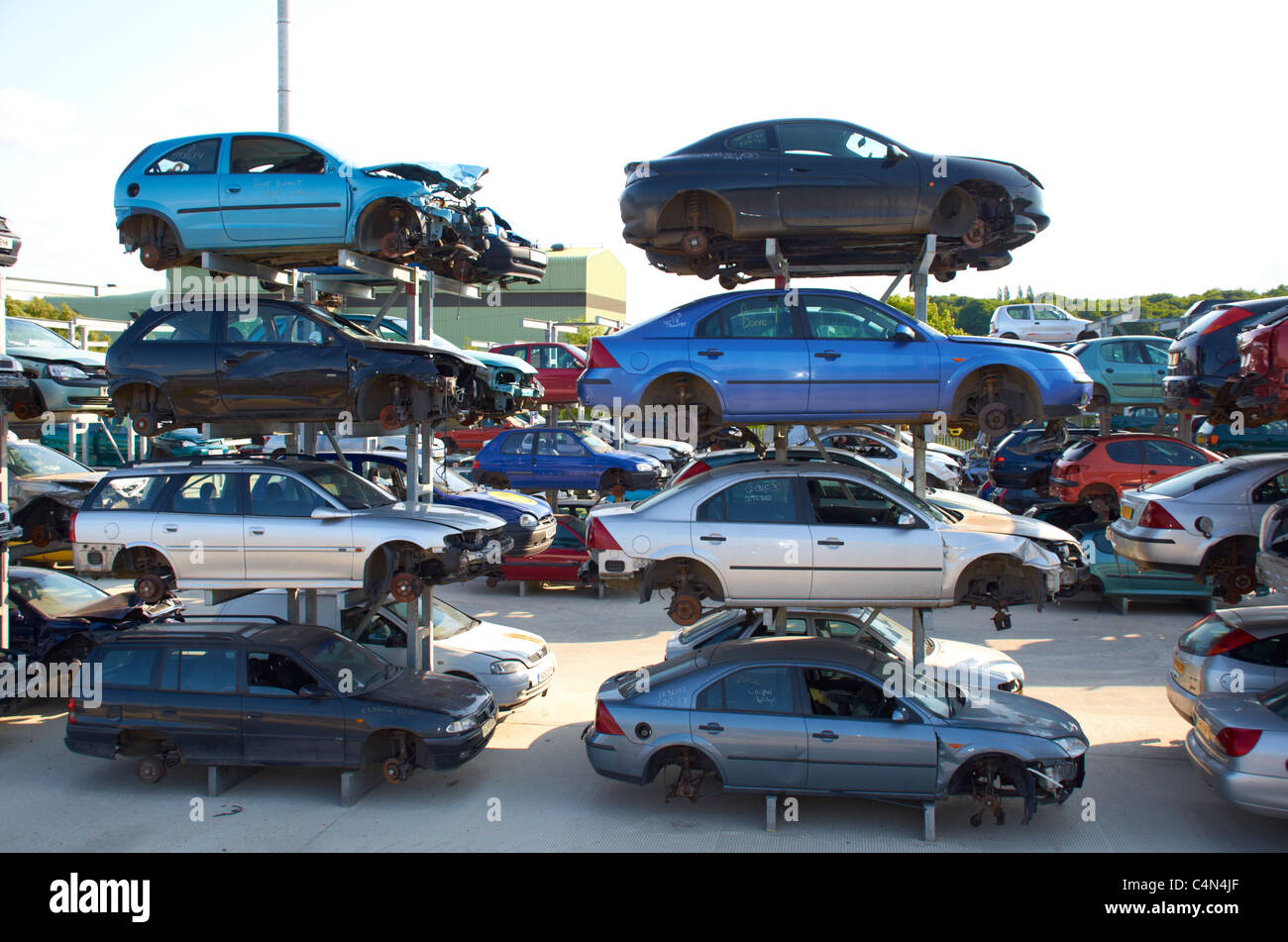 smashed up old junk cars wreck wrecks demolition derby derbies ...