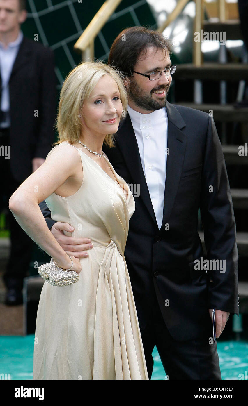 gcse english jk rowling Jk rowling verified account @jk_rowling author whose out-of-control dms must henceforth go unread for contact details, see website.