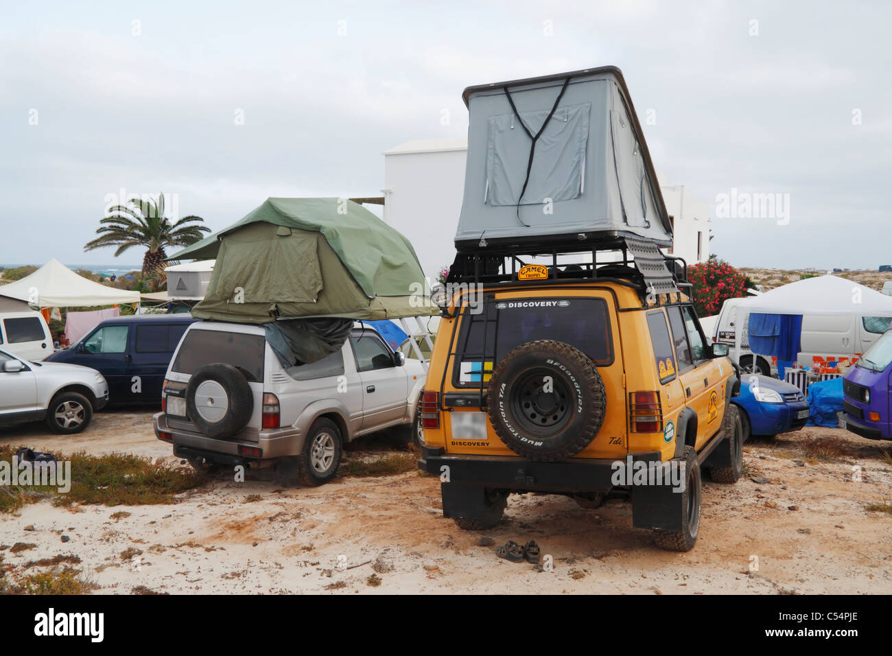 Land Rover Discovery with roof tent on beach on Fuerteventura Canary Islands Spain & Land Rover Discovery with roof tent on beach on Fuerteventura ...