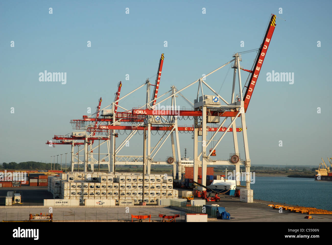 Port de dunkerque france stock photo royalty free image 37603965 alamy - Dunkirk port france address ...