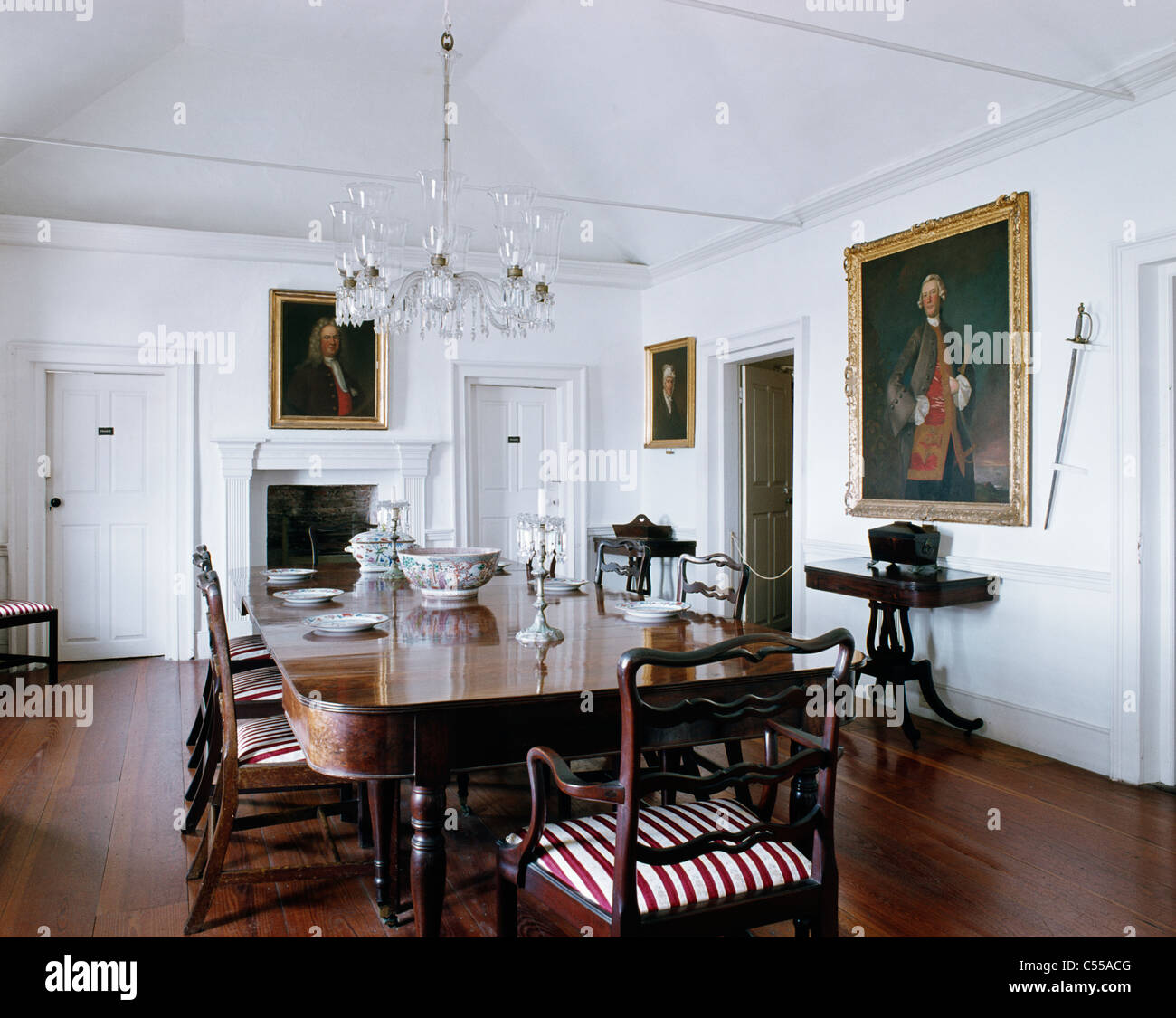 Superieur Dining Room Henry Tucker House St. George Bermuda