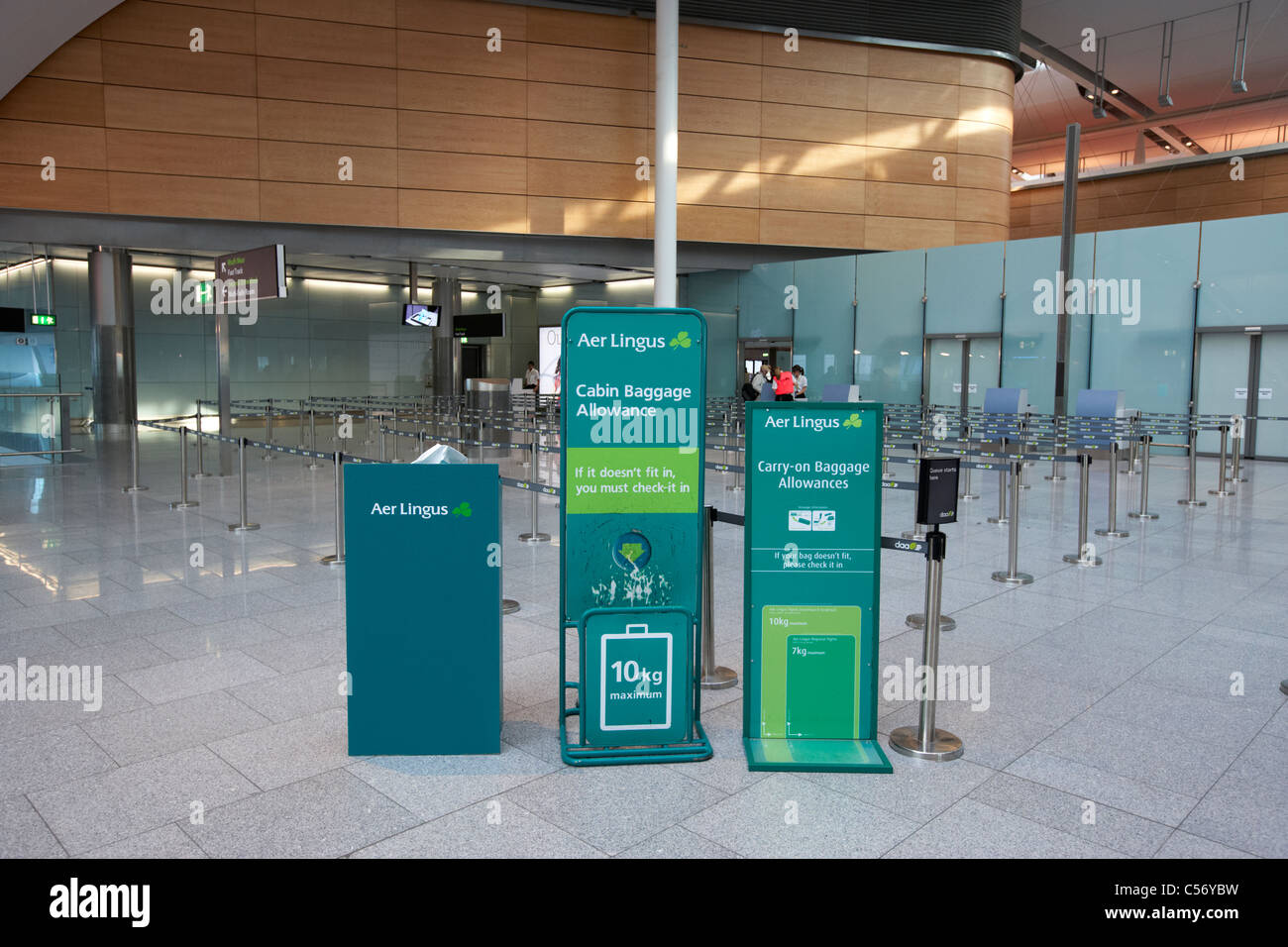 hand luggage size measuring stands at depatures in new terminal 2 ...