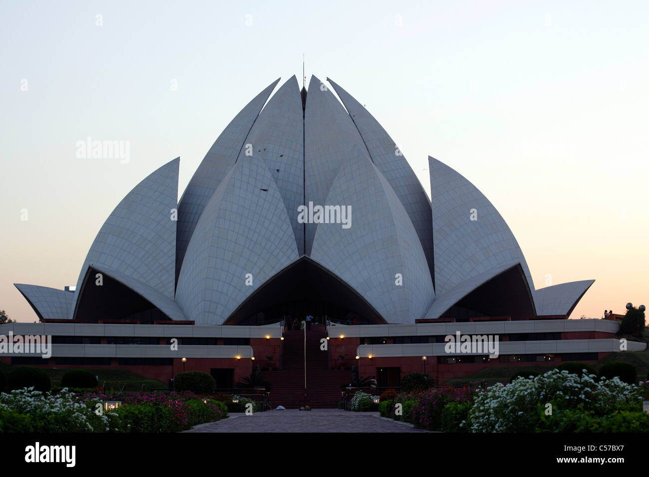 Modern Architecture Of New Delhi lotus temple(bahá'í temple, new delhi) is one of the best examples