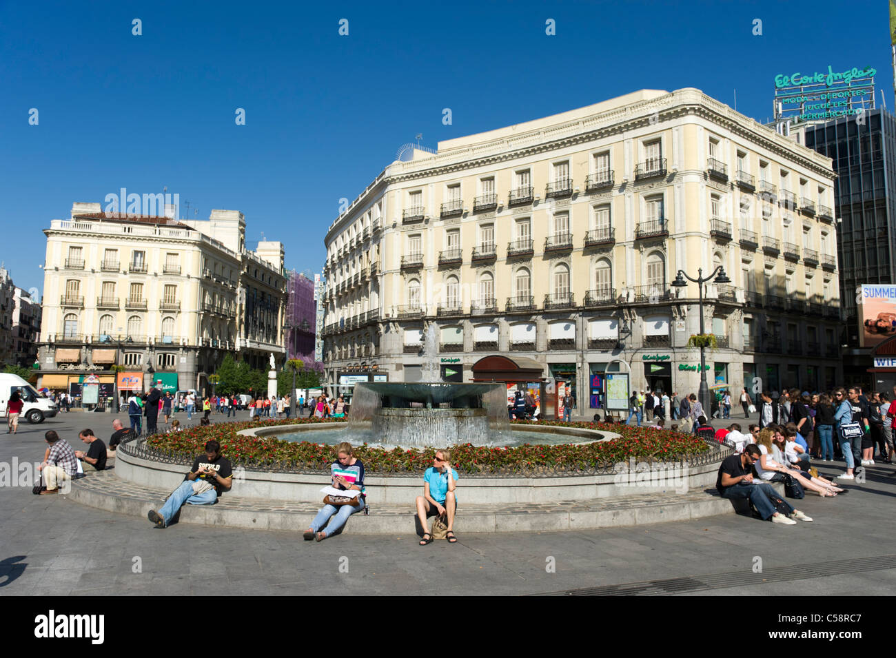 Plaza puerta del sol madrid spain stock photo royalty for Plaza del sol madrid