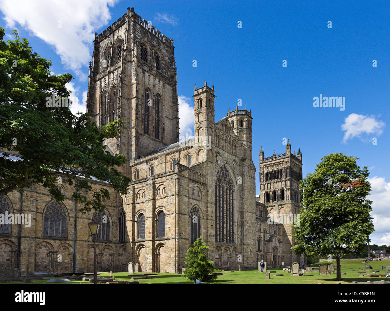 a description of the durham cathedral located in durham county england Durham castle has enjoyed a long history of continuous use, and is now home to students of university college, durham beginnings construction of the castle began in 1072 under the orders of william the conqueror , six years after the norman conquest of england , and soon after the normans first came to the north.