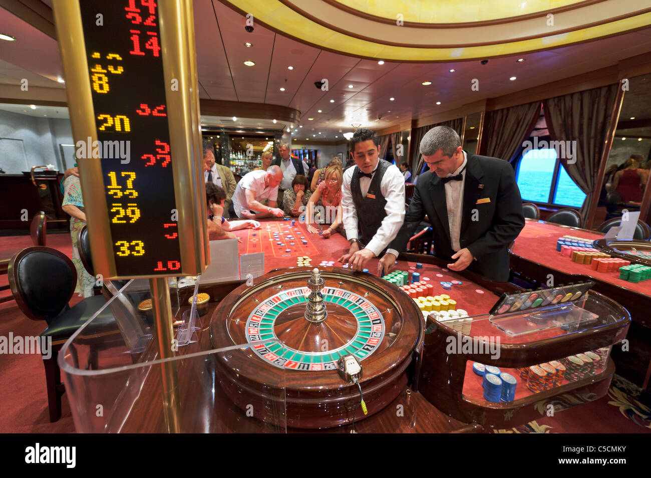 free online casino roulette river queen
