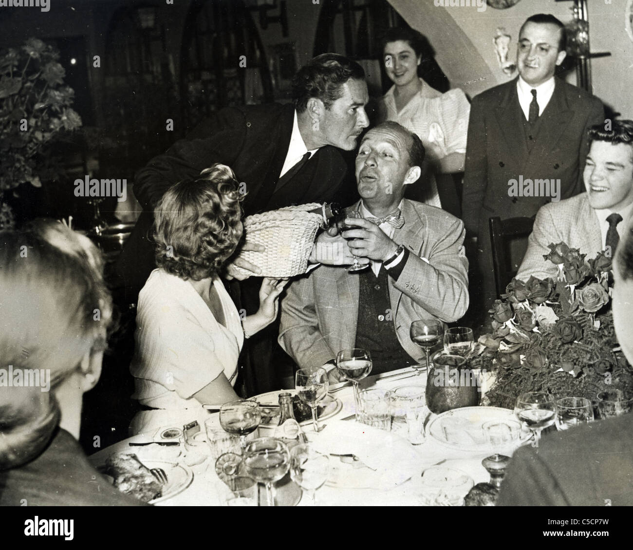 errol-flynn-with-bing-crosby-at-hollywood-restaurant-about-1964-others-C5CP7W.jpg