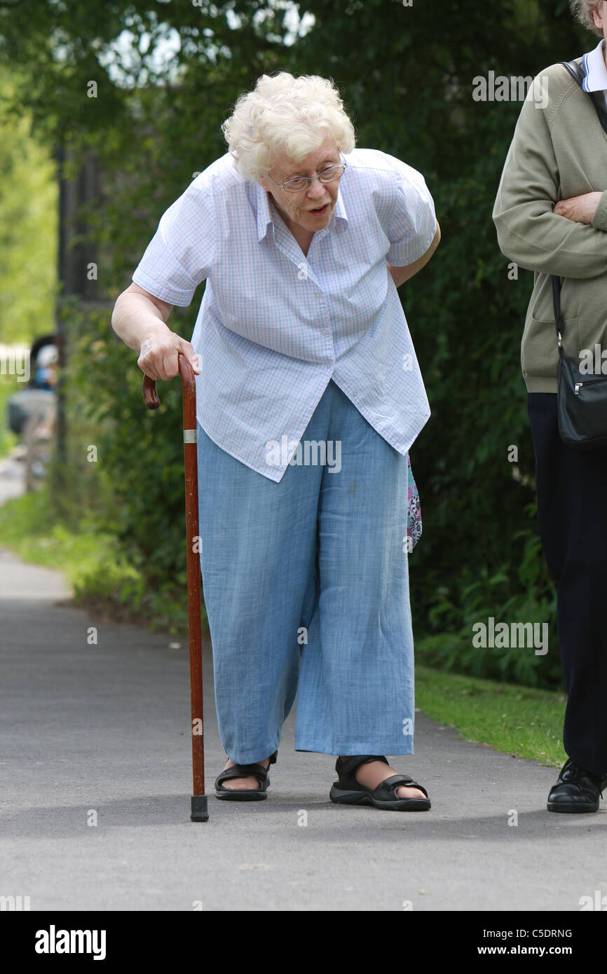 how to walk with a walking stick