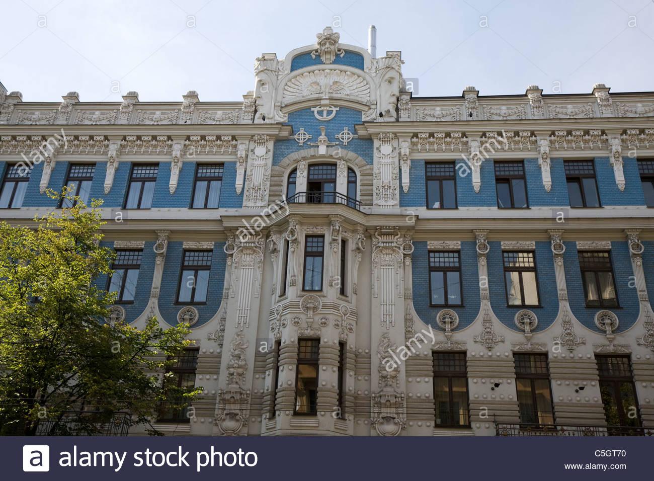 jugendstil style art nouveau riga historic district