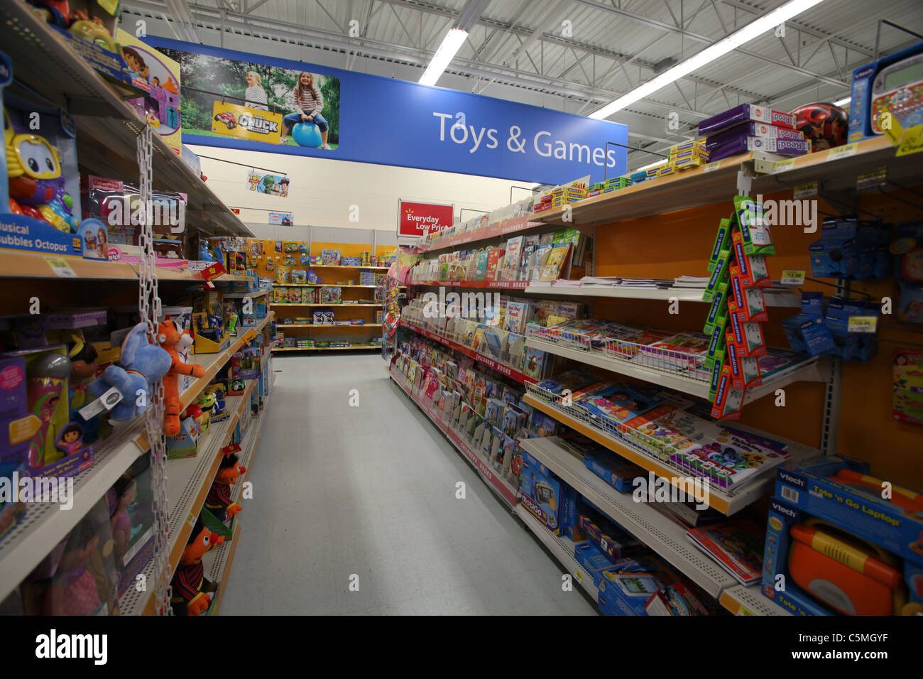Toys For Walmart : Walmart toys and games section in supercentre