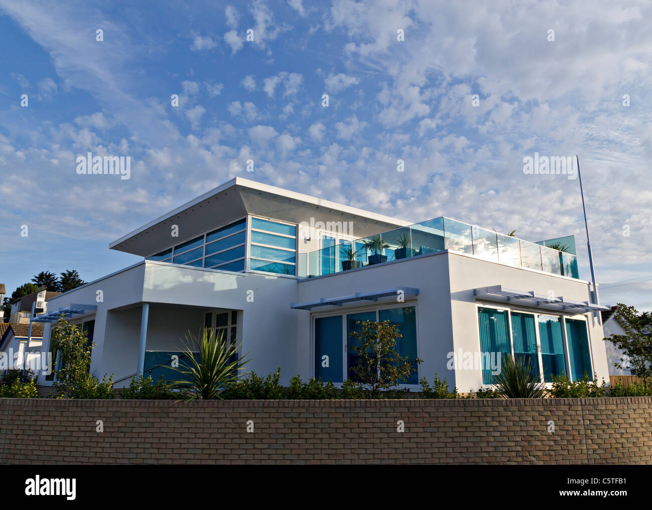 Sandbanks peninsula poole dorset typical modern - Architects poole dorset ...