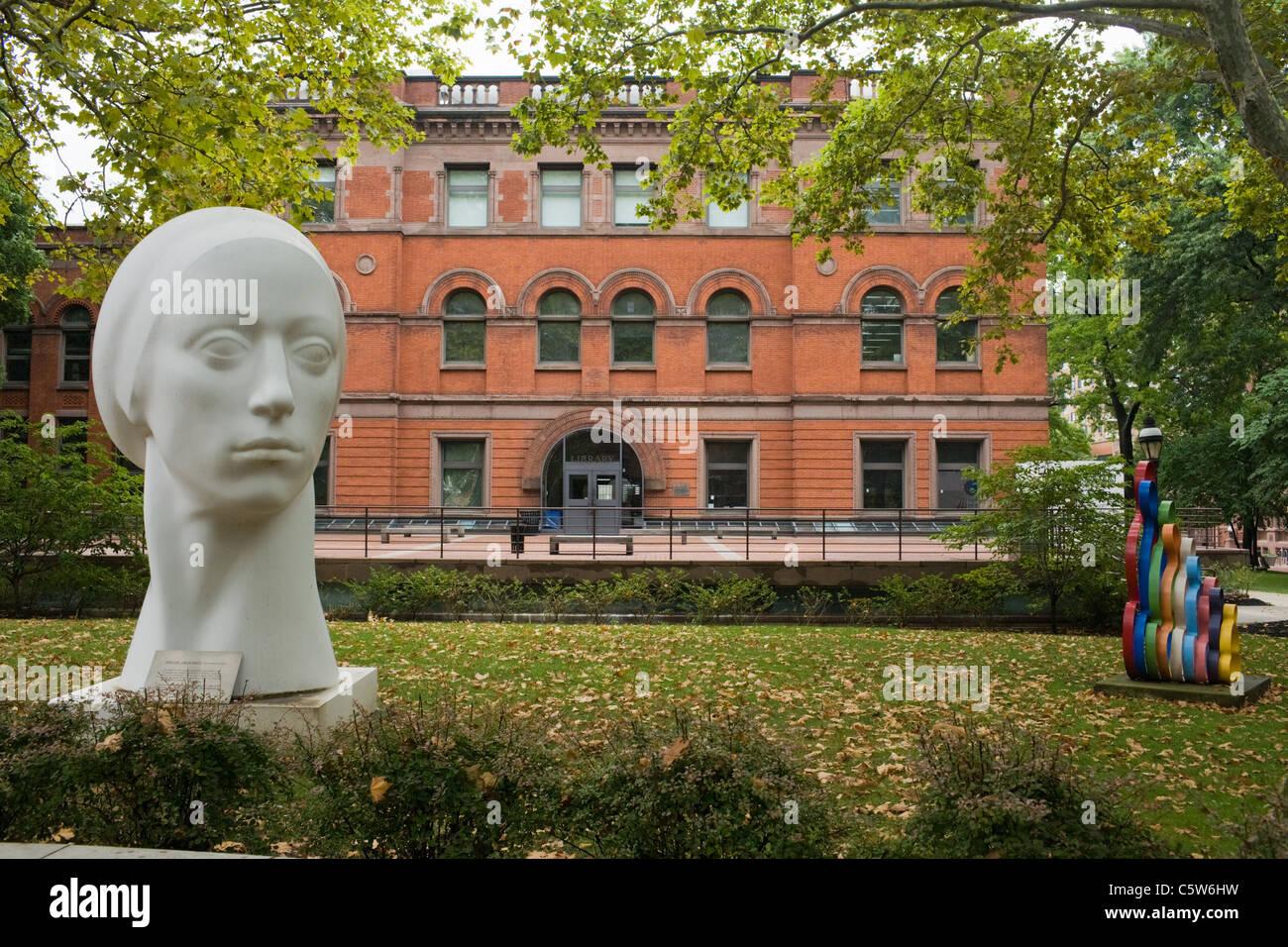 pratt institute of art main campus brooklyn new york