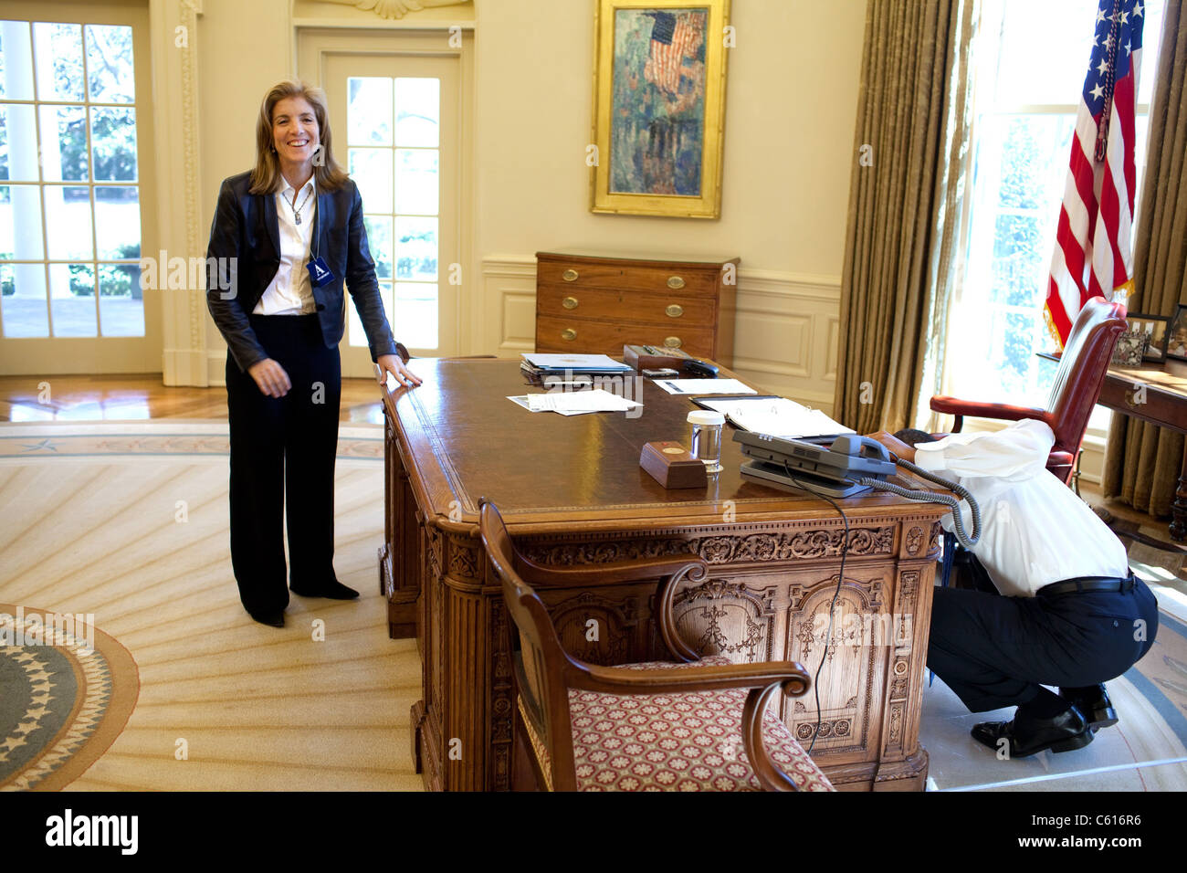 kennedy oval office. Caroline Kennedy Schlossberg Visits President Obama In The Oval Office On March 3 2009 Prompting His Examination Of Resolute Desk For Panel Through I