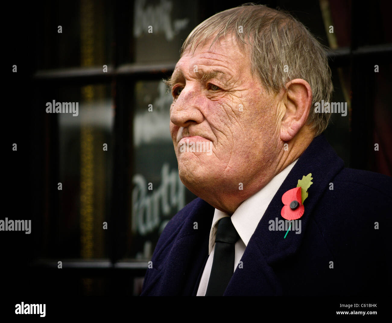 an-old-soldier-on-remembrance-sunday-in-