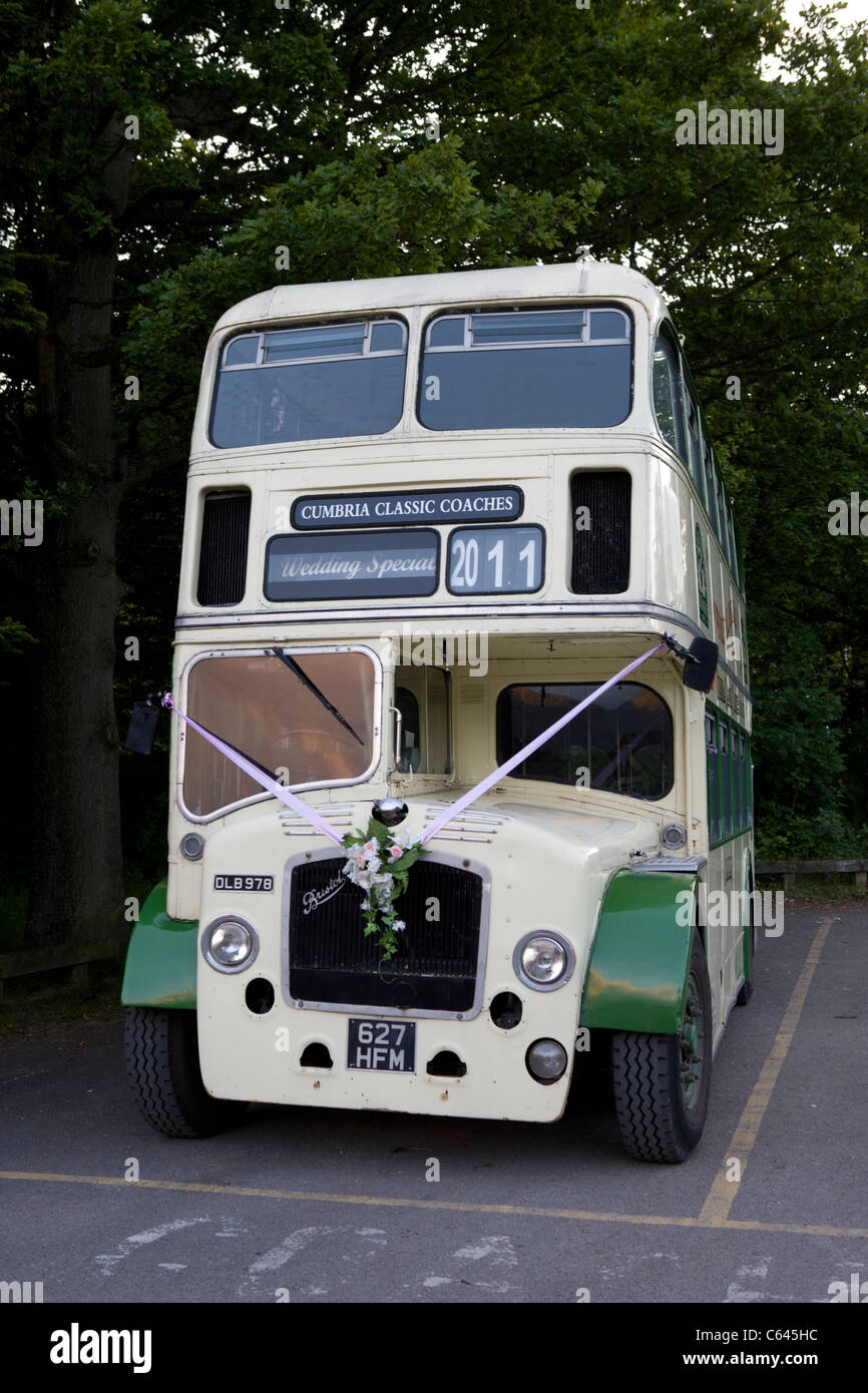 Vintage Double Decker Bus Ready For Wedding Hire