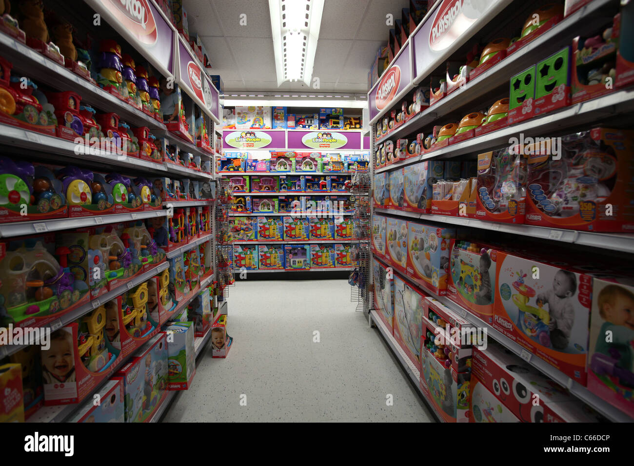 Baby's toys in Toys r us store in Vaughan mills mall in ...