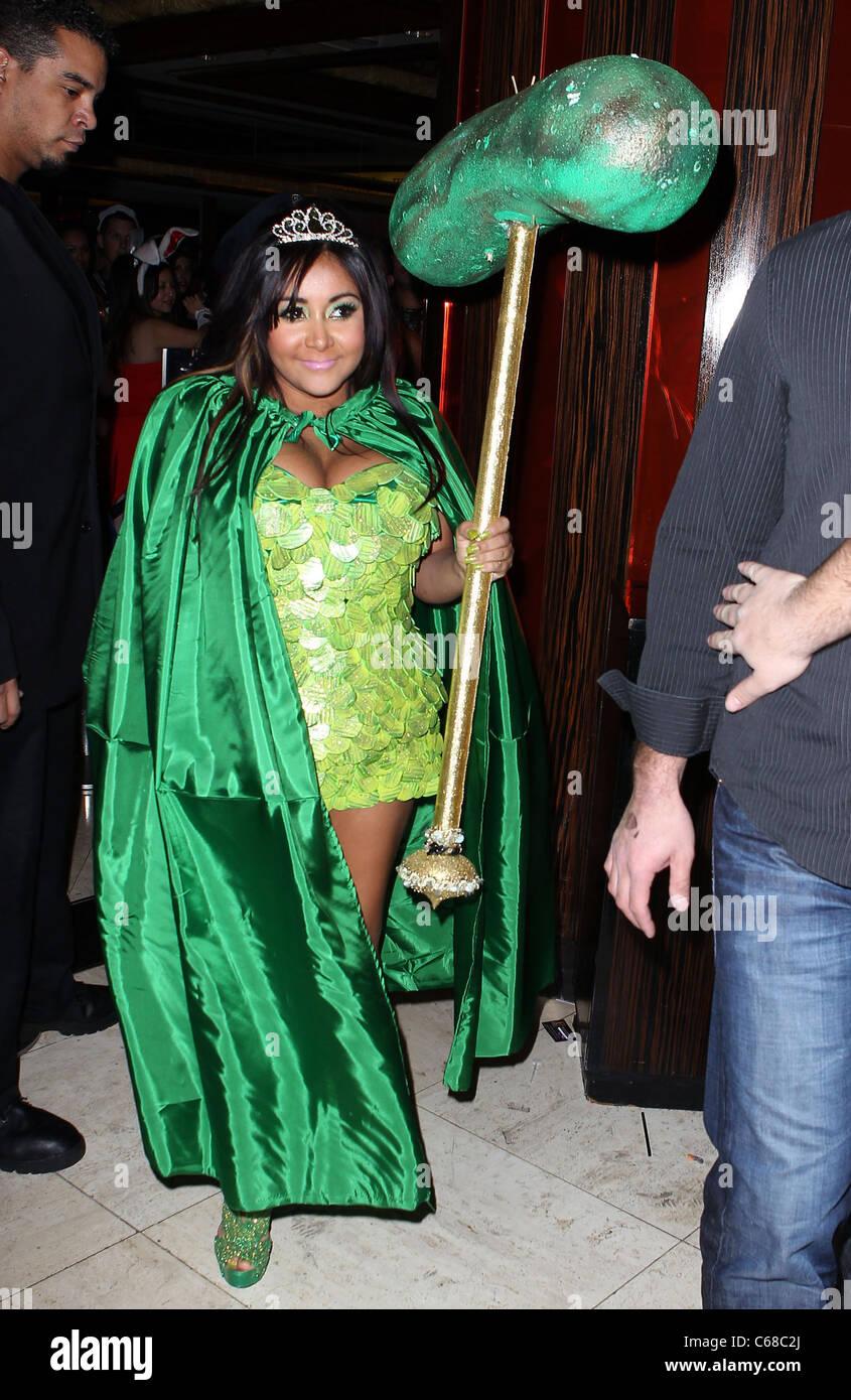Nicole 'Snooki' Polizzi Hosts Nightmare In Jersey Halloween Party ...