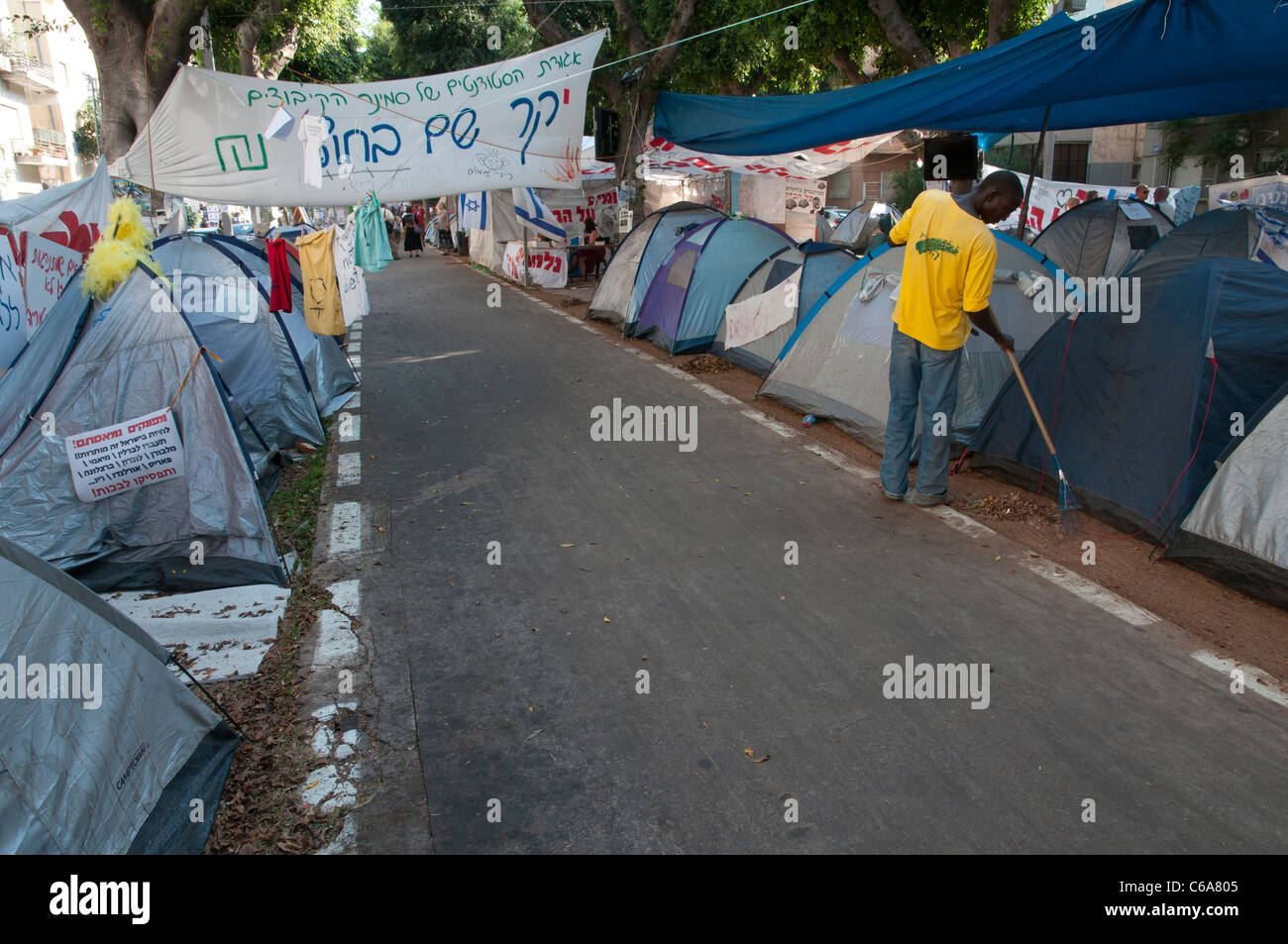 tents town in Rothschild avenue against high cost of living. tel Aviv & tents town in Rothschild avenue against high cost of living. tel ...