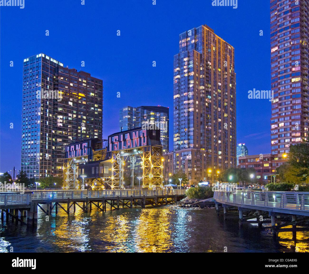 Long Island City Ny: Long Island City Boat Pier In Queens NY Stock Photo