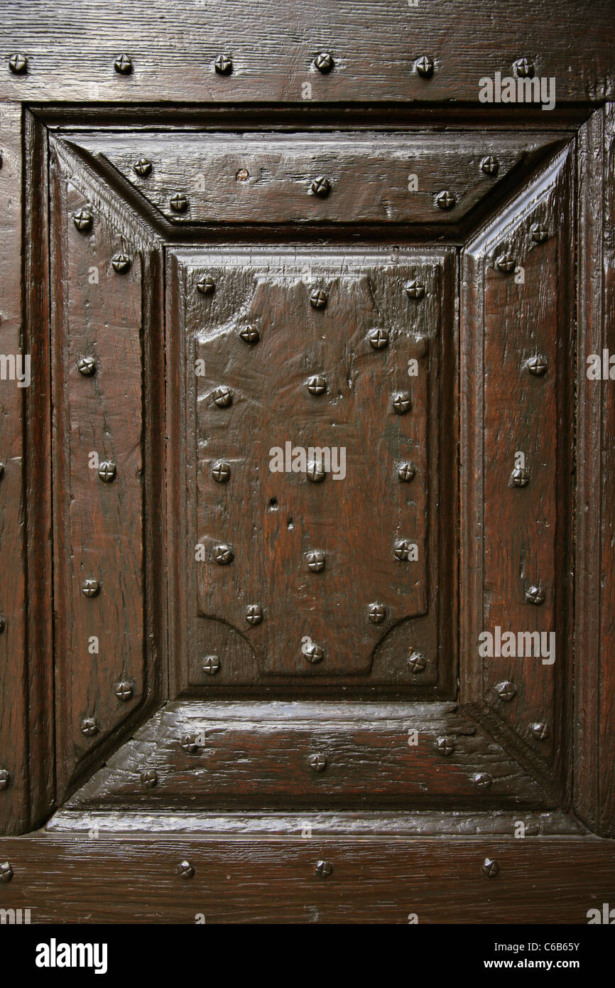 Detail of panel in old panelled door & Detail of panel in old panelled door Stock Photo: 38355015 - Alamy