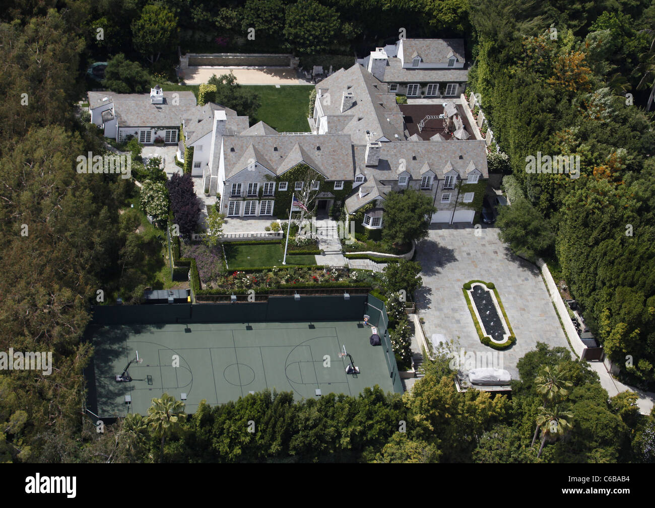 Aerial view of the house tom cruise and katie holmes live for See images of my house