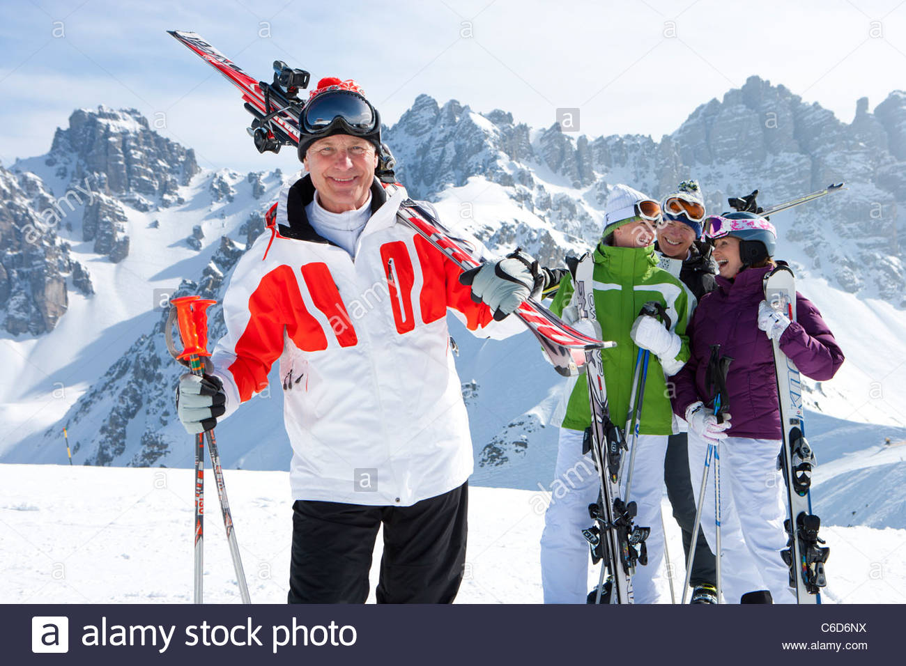 snow-skiing-couples-pictures