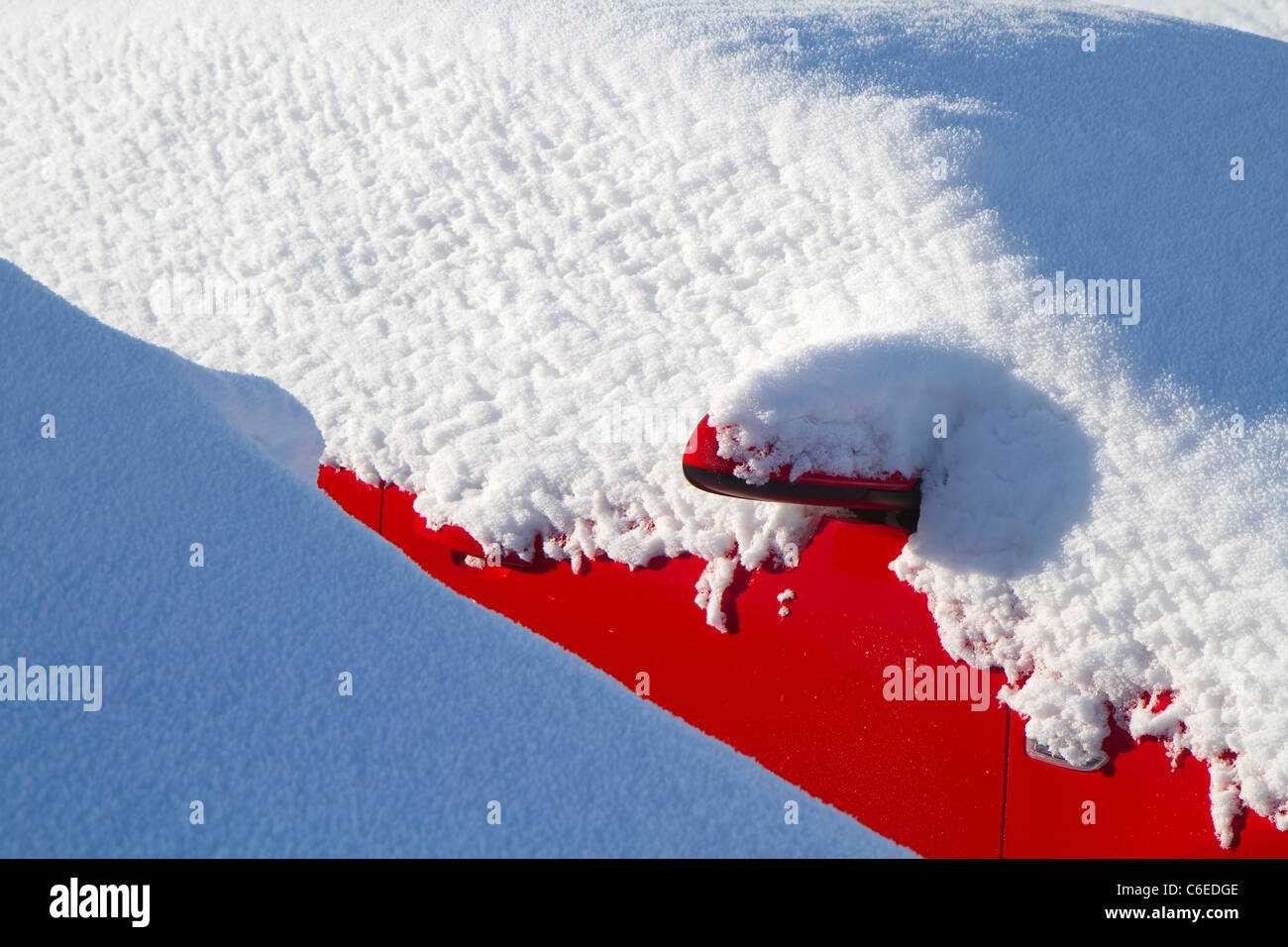 Unsold cars waiting for byers under heavy snow Stock Photo: 38426654 ...