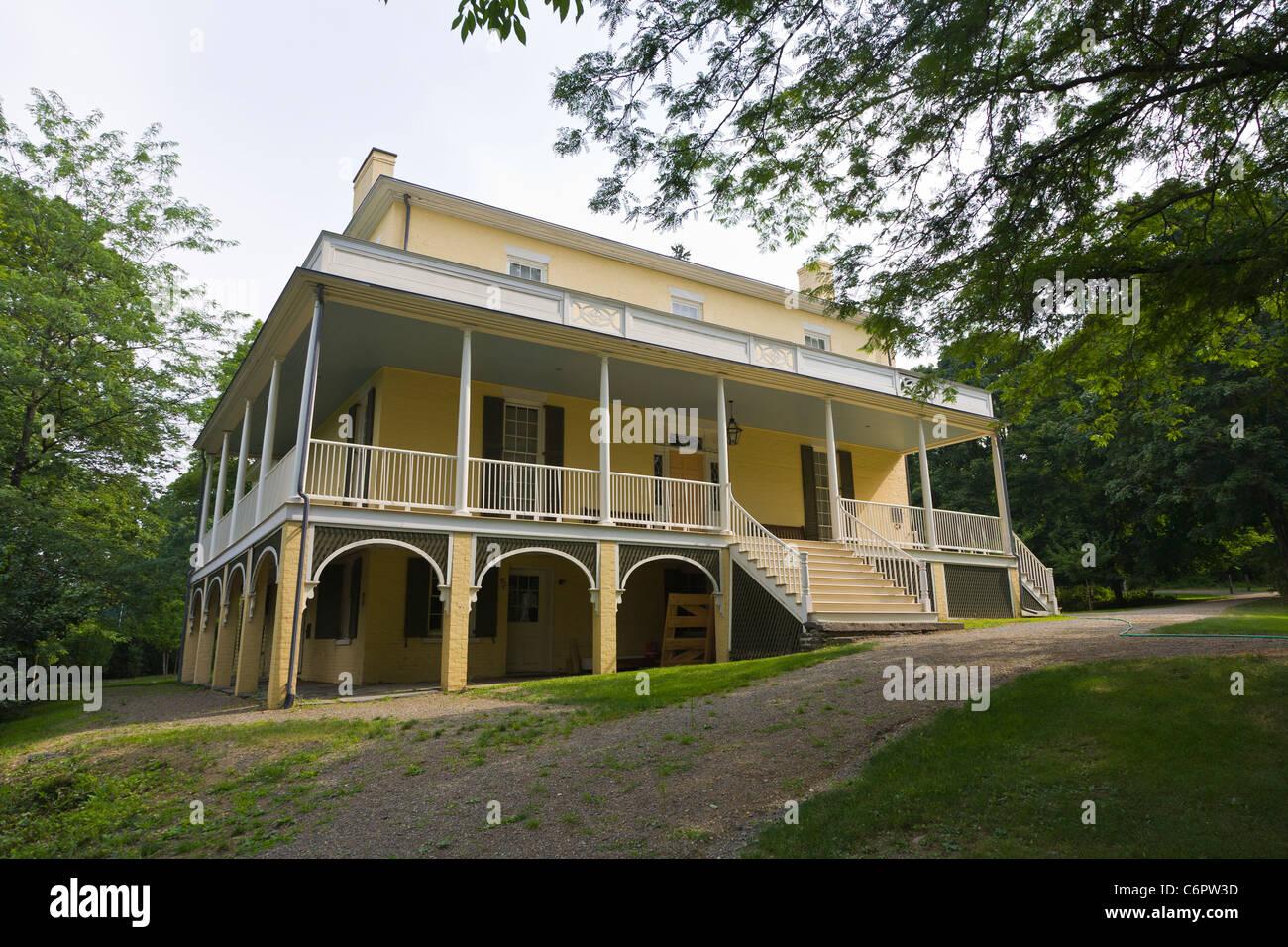 grove house stock photos & grove house stock images - alamy