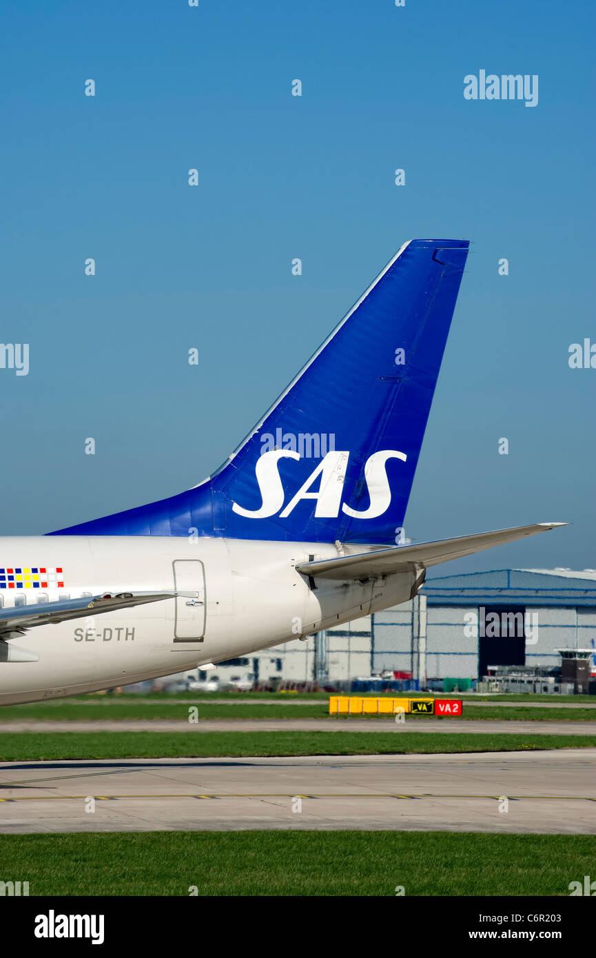 LN-RPW - SAS - Scandinavian Airlines Boeing 737-600 at Stockholm ...