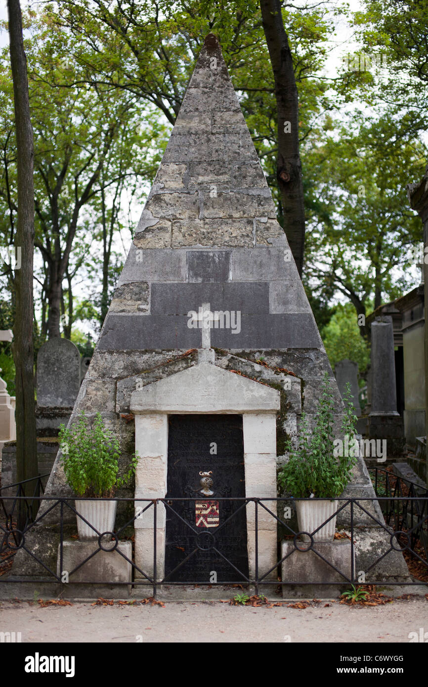 Tomb of quintin craufurd 1743 1819 english author and friend of stock phot - Marie antoinette grave ...