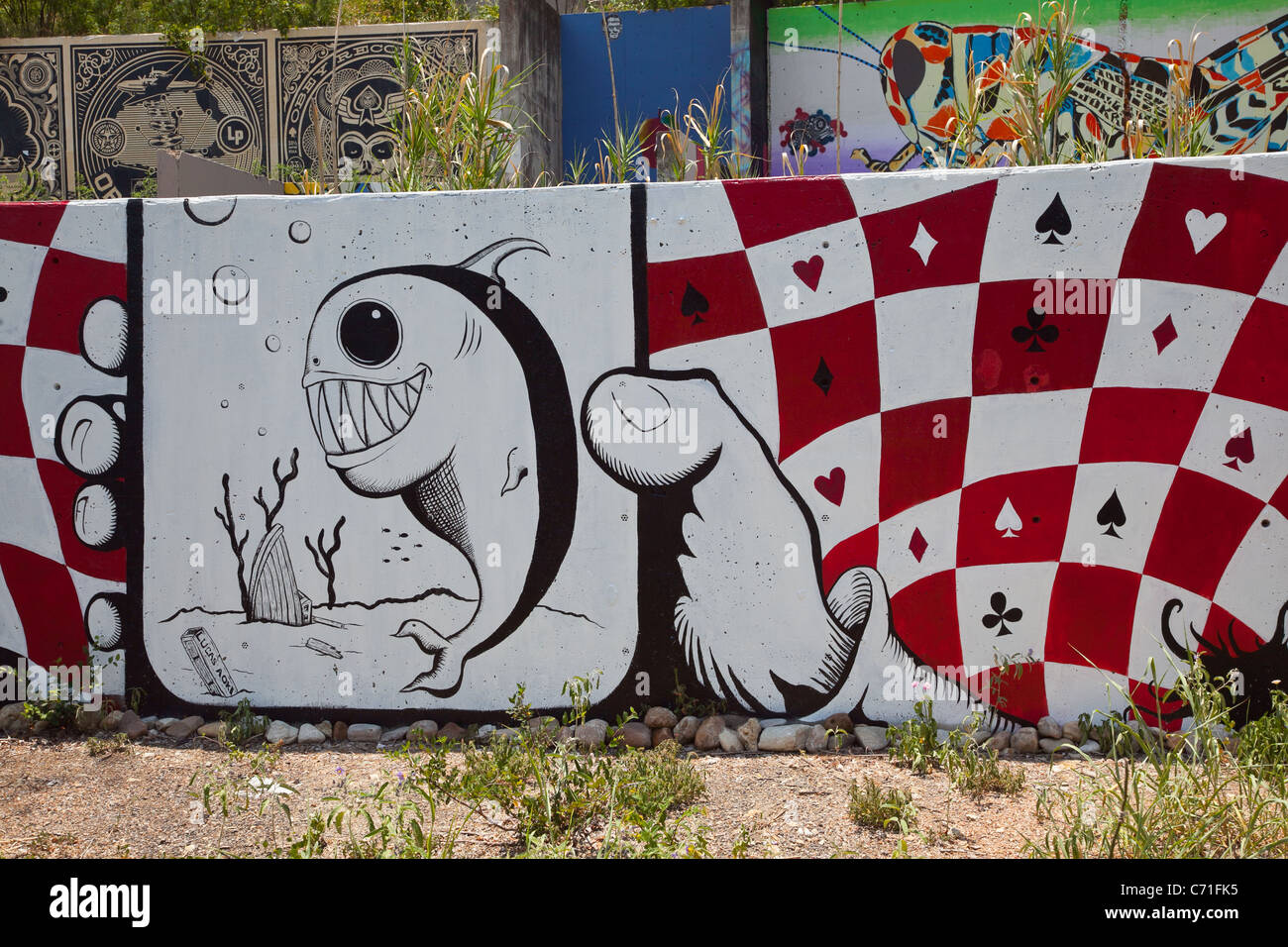 Graffiti wall austin - Graffiti Art On Castle Hill In Austin Texas On Concrete Foundation Walls
