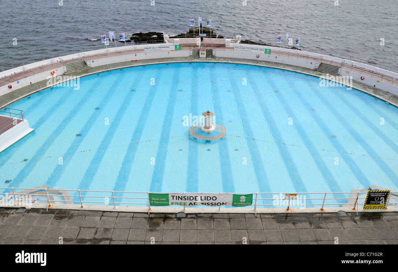 Empty swimming pool plymouth hoe stock photo royalty free for Empty swimming pool