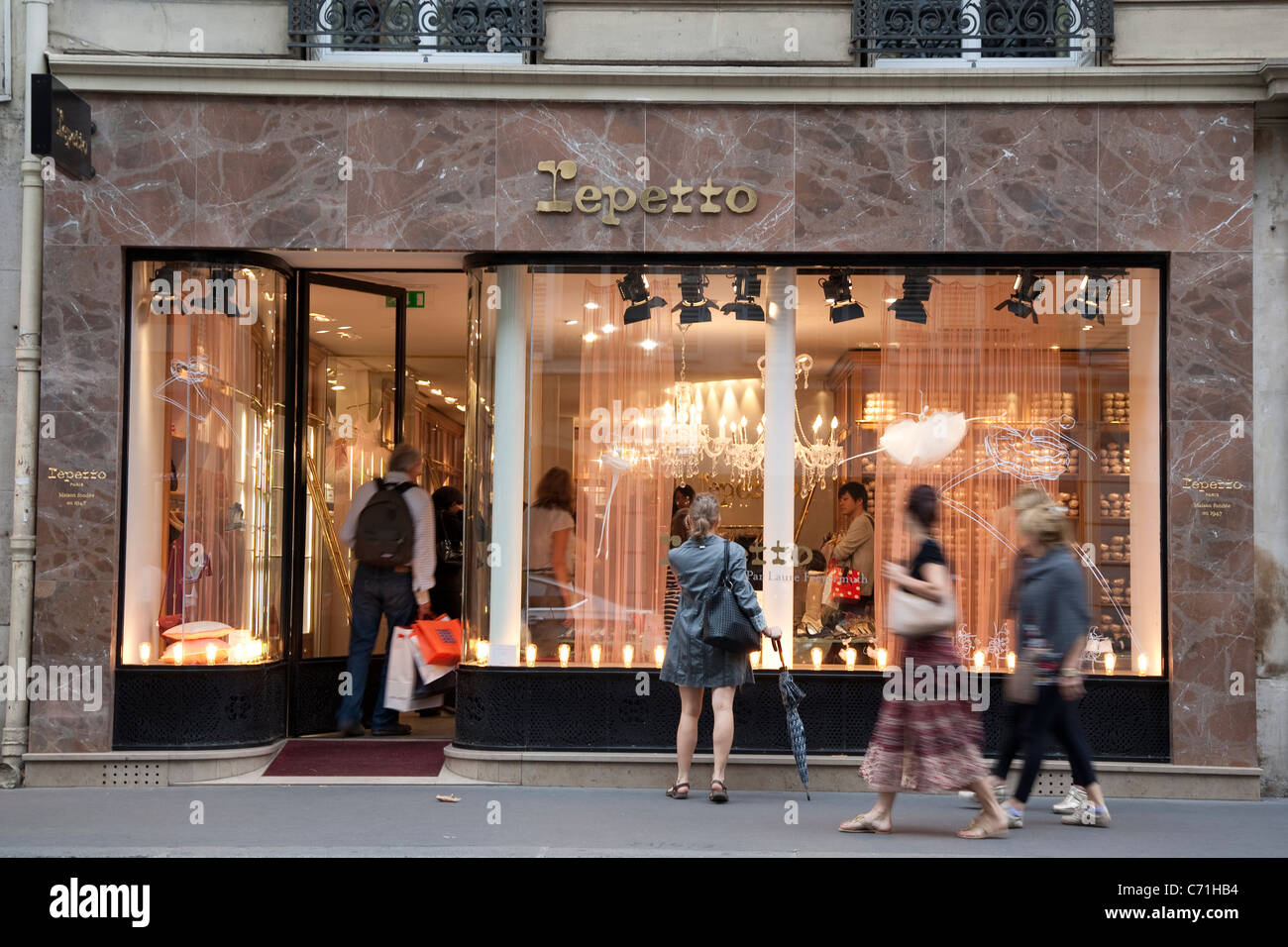 repetto shop rue du four paris france stock photo royalty free image 38758920 alamy. Black Bedroom Furniture Sets. Home Design Ideas