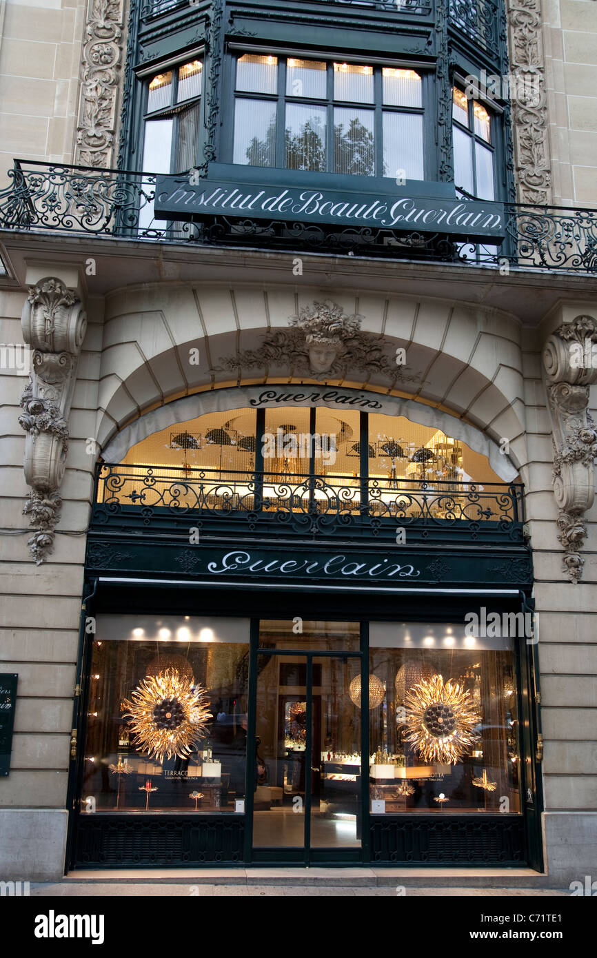 maison guerlain champs elyses finest guerlain perfume shop on paris france stock image with. Black Bedroom Furniture Sets. Home Design Ideas