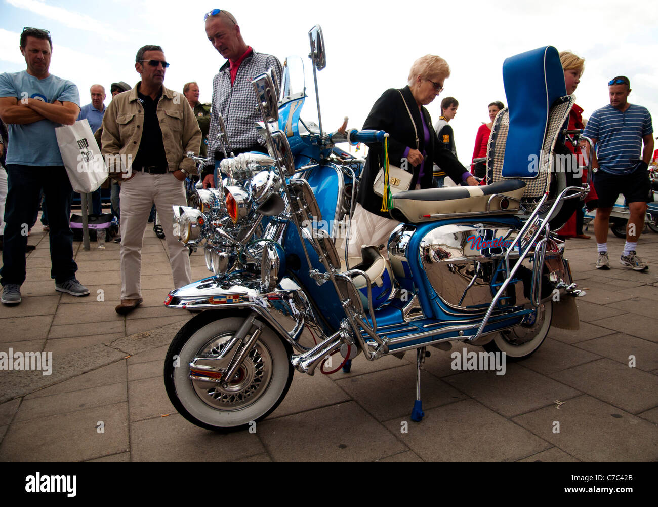 1000  images about Lambretta series 2 MOD on Pinterest   Classy, A ...